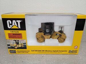 Caterpillar Cat CB-534D XW Asphalt Compactor w/ ROPS Norscot 1:50 Scale #55132