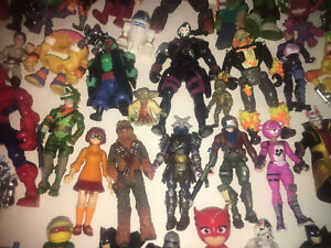 Mixed lot of 50 Action Figures, Superheroes & More-0608