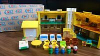 Vintage Fisher Price Little People Play Family Yellow House #952 Complete Box