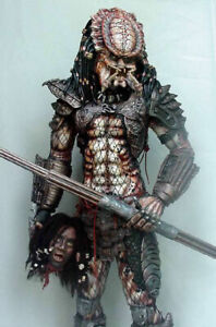 """Predator 2 resin model kit.1/3 scale stands around 28"""" with  base ! unpainted"""