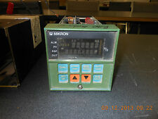 DC3004-0-00A-2-0-0111  used Honeywell Controller