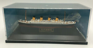 Die Cast Model of the RMS Titantic by GIlbow (PG137R)