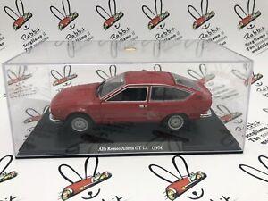 "DIE CAST "" ALFA ROMEO ALFETTA GT 1.8 (1974) "" AUTO VINTAGE SCALA 1/24"