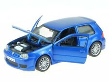 VW Golf 4 R32 blau Modellauto 31290 Maisto 1:24