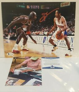 Allen Iverson Signed Philadelphia 76ers 8x10 Photo Proof Photo & Beckett...