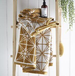 Glacier Gold Hand Towel 100% Cotton Geometric Pattern Towel Luxury & Super Soft