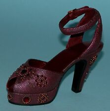 "Just the Right Shoe, Raine, ""Late For A Date"" mixed media miniature # 25065 Nib"