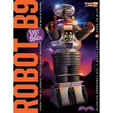 Lost in Space 1/6 Robot B9 Plastic Model Kit MIB Moebius Models Mm939