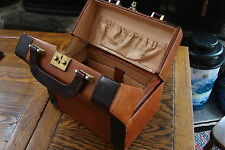 Two tone Brown Cosmetic Case Train Tote Case Makeup Carry-On Luggage Luggage/Sui