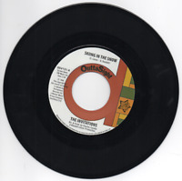 THE INVITATIONS Skiing In The Snow / What's NEW NORTHERN SOUL 45 (OUTTA SIGHT)