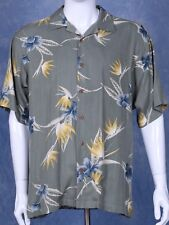 Tommy Bahama Shirt-Short Sleeve Backgroupd color:Olive Sz M 100% Silk Xlnt cond