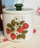 Vintage Pottery McCoy Stawberry cookie jar