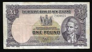 New Zealand - Old 1 Pound Note (1940's) P159a - VF