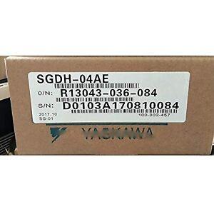 Yaskawa driver SGDH-04AE [New/Old stock]