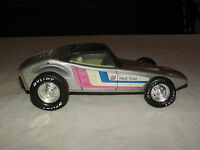 VINTAGE OLD TOY NYLINT RACE TEAM METAL RACE CAR