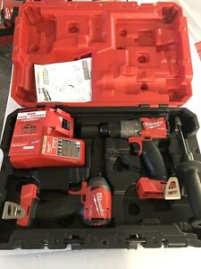 Milwaukee 2997-22 M18 Hammer Drill/Impact Driver Kit - New! Read Description!!