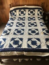 BEAUTIFUL ANTIQUE BLUE AND WHITE HAND QUILTED PATCHWORK QUILT FULL SIZE
