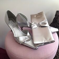 USA Label Touch Ups Silver Metallic Evening Shoes And Bag Size 9M