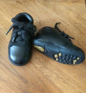 Stride Rite Baby Boy Shoes size 3W New Condition