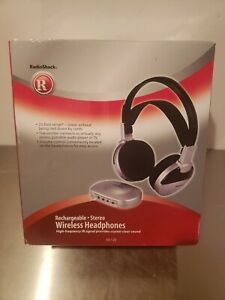 Radio Shack Wireless Stereo Headphones - Rechargeable 33-125 Complete Open Box