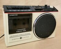 General Electric GE Model 3-5244A AM/FM Stereo Radio Cassette Recorder VINTAGE