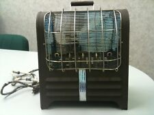 Rare Vintage HANDY HOT ELECTRIC SPACE HEATER 1000 WATTS CHICAGO ELECTRIC MFG. CO