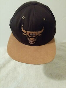 Chicago Bulls Mitchell & Ness NBA Brown Gold Snapback Hat,Cap NEW