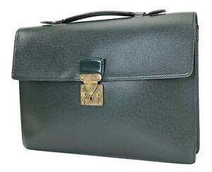 Auth LOUIS VUITTON Serviette Kourad Green Taiga Leather Business Bag #40238