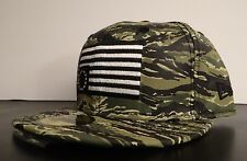BLACK SCALE X NEW ERA MILITARI GREEN CAMO MENS HAT FITTED HAT SIZE 7 5/8 60.6 cm