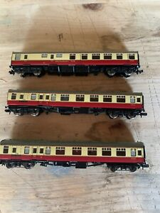 Bachmann N Gauge coaches 3 In Total Pre Owned Nice Condition