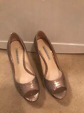 vera wang shoes 8 open toed beautiful iridescent pink