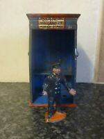 VINTAGE HORNBY SERIES BY MECCANO LTD RAILWAY GUARD & HUT MADE IN ENGLAND