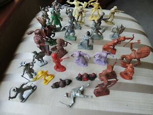 Vintage Plastic Toy soldiers -Quantity of 31- Some Lone Star-Herald-Crescent etc