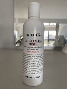 Kiehl's Ultra Facial Toner pH-balanced no-alcohol hydrates all skin types