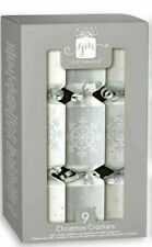 Luxury Box Mini 9 Silver White Family Fun Christmas Crackers