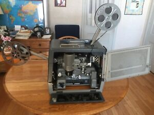 Bell and Howell 16 mm movie projector - DES.385K