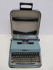 OLIVETTI UNDERWOOD LETTERA 32 TYPEWRITER IN ORIGINAL CASE