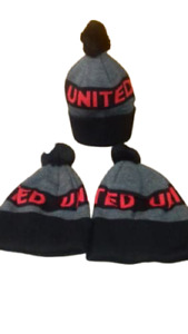 Manchester United Red & Gray Design Bobble Hat