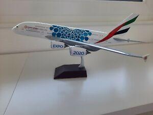 "GEMINI JETS AIRBUS A380-800 EMIRATES ""BLUE EXPO 2020"" 1:200"