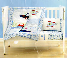 HELICOPTERS/CARS/BOAT/CLOUDS/STARS 4 PIECE COT SET QUILT/2 SHEETS/PILLOWCASE NEW