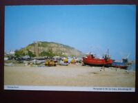 POSTCARD SUSSEX HASTINGS BEACH - LOTS OF BOATS MOORED UP