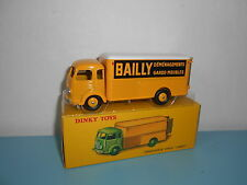 10.07.16.4 DINKY TOYS ATLAS déménageur Simca cargo 33 AN BAILLY