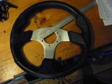 """13"""" volante, tomado fuera de Carreras Mini"""