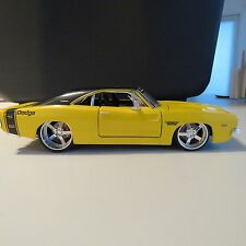 Maisto 1:24 Scale Die Cast 1969 Dodge Charger R/T Pro Rodz