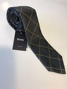 NWT $145 Hugo Boss Tailored Neck Tie Handmade in Italy 100% Silk Gold