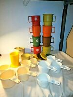 32 Piece LOT VINTAGE Harvest and Christmas plus measuring cups