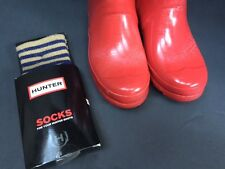 Authentic Hunter rain boots Red 6M 7F + $30MSRP Hunter Socks NEW WITH DEFECT NIB