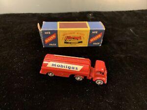 Matchbox Major Pack M-8 Mobilgas Tanker Rare Gray Plastic Wheels in Box