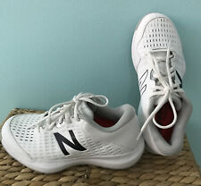 NEW BALANCE WOMENS TENNIS SHOES   SIZE 8.0