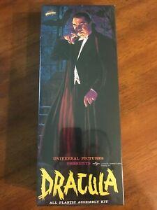 "1999 Aurora / Polar Lights ""Dracula"" Factory Sealed"